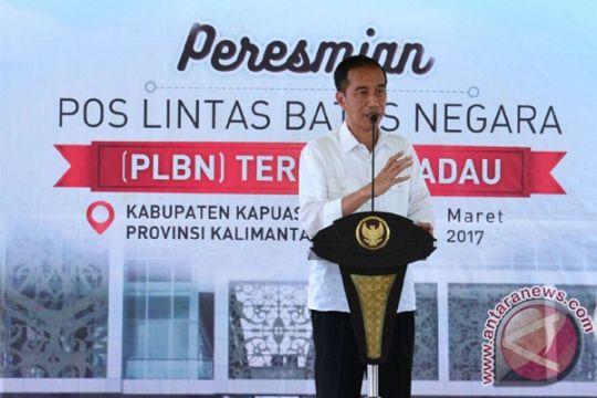Presiden bagikan KIP dan KIS di perbatasan Kalimantan Barat