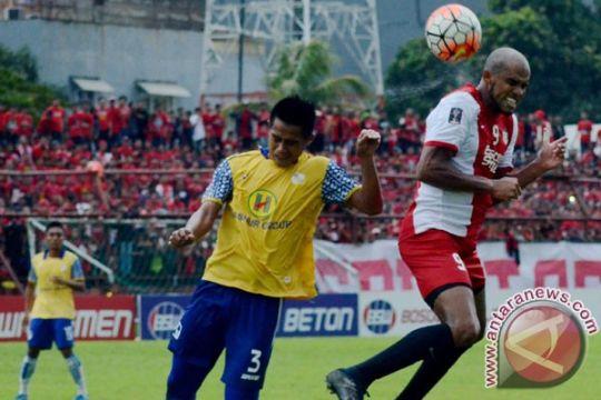 Empat pemain asing PSM sudah bisa dimainkan lawan Mitra