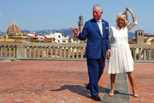 Pangeran Charles coret Myanmar dari kunjungan ke Asia