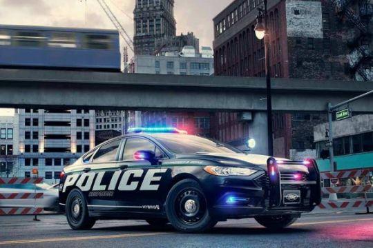 Ford ciptakan mobil patroli hibrida, kencang tapi irit