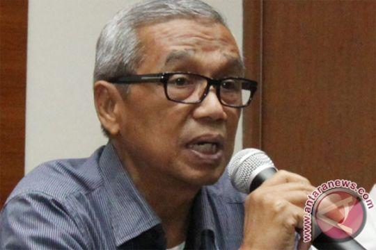 Busyro tantang media massa adakan polling Pilpres