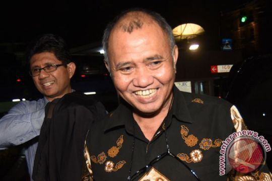 Ketua KPK dampingi Novel diperiksa polisi besok