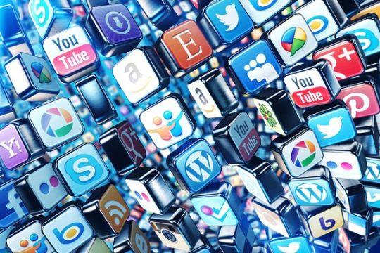 """Media Sosial Bukan """"Jalan Raya"""" Yang Gratis"""