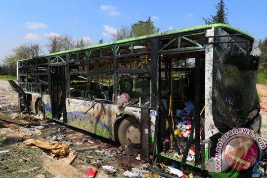 Konvoi bus di Aleppo diserang, 126 tewas