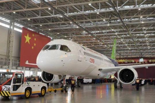 Pesawat C919 buatan China diuji sebelum terbang perdana