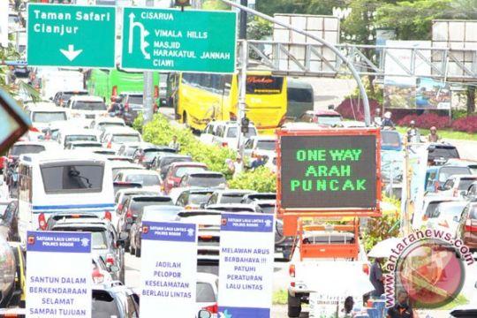 Bupati Bogor siap bongkar bangunan untuk pelebaran jalan Puncak