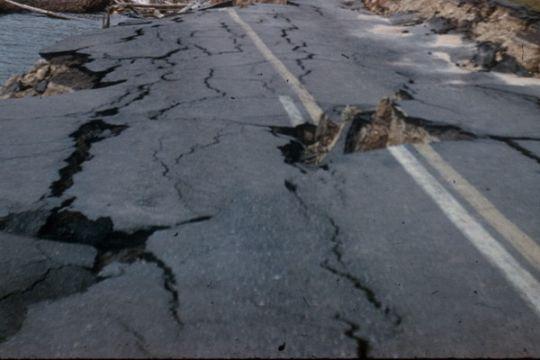 Pengendara keluhkan jalan rusak lintas Aceh-Sumut