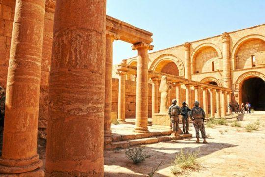 Hujan lebat singkapkan 75 artefak kuno di Irak