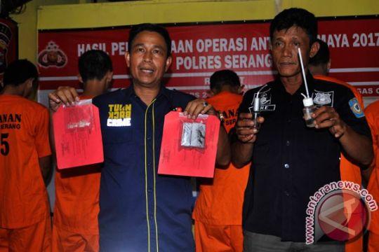Pelajar pengguna sabu-sabu dituntut 1,5 tahun penjara