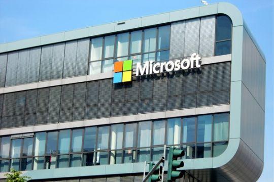 Microsoft perluas kesempatan bekerja untuk perempuan