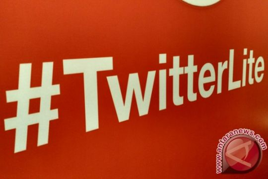 Twitter babak belur, Facebook berjaya