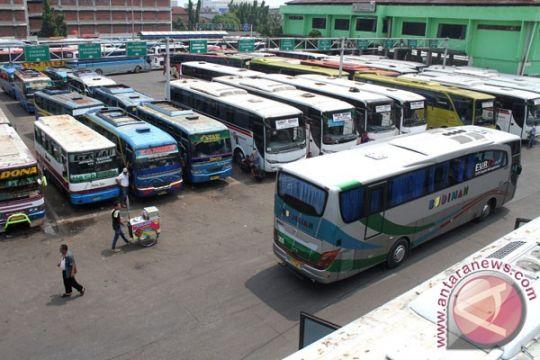 Penumpang bus Lebaran di DIY diperkirakan turun