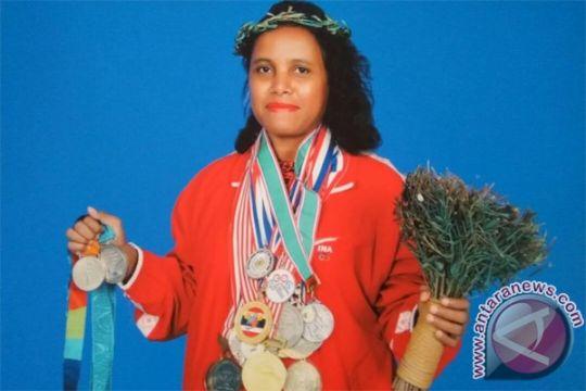 Lisa Rumbewas serahkan medali Olimpiade untuk koleksi Museum Olahraga