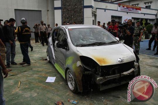 Tiga unit mobil hancur di Rutan Pekanbaru