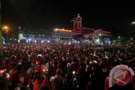 Ribuan warga Blitar konser kebangsaan demi NKRI