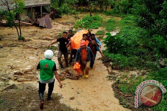 Banjir bandang singkawang tewaskan bocah 10 tahun