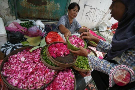 Pedagang bunga ziarah Pekanbaru kebanjiran pesanan