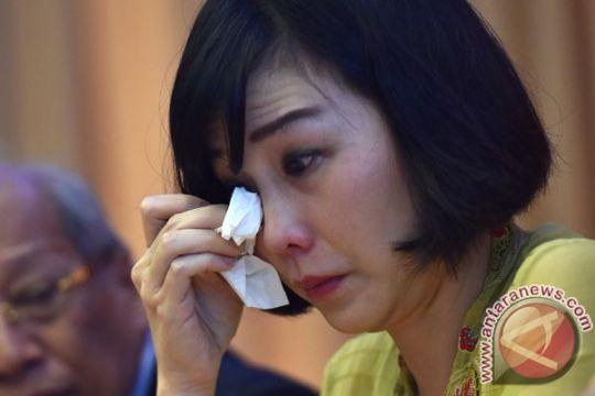 Kemarin, Ahok-Veronica resmi bercerai hingga Sukmawati minta maaf