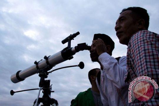 Tim Rukyat : Hilal tak terlihat di Situbondo