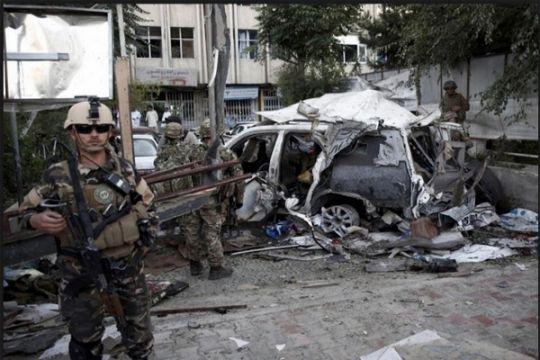 8 anggota pasukan keamanan Afghanistan gugur dalam serangan bom mobil