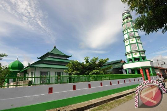 Jami Al Anwar, masjid tertua dan bersejarah di Lampung