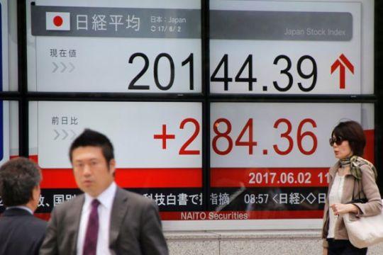 Saham-saham di Tokyo naik, dibayangi ketakutan kasus baru COVID-19