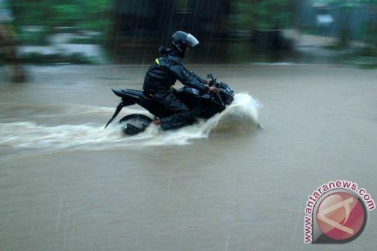 120 personil diturunkan tangani banjir Mamasa