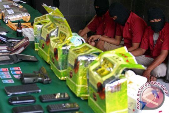 Satgas Pamtas gagalkan penyelundupan 4,2 kilogram sabu-sabu asal Malaysia
