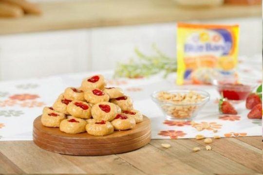 Menu Ramadan - Kue Kacang Strawberry