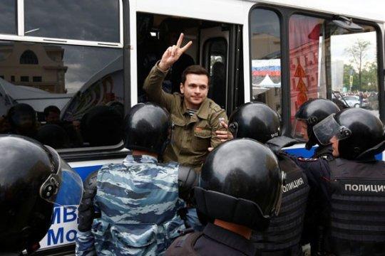 Polisi Rusia tahan aktivis oposisi setelah protes di Moskow
