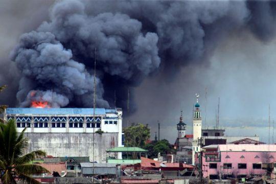 """Menteri Filipina """"yakin"""" pengebom gereja adalah pasangan Indonesia"""