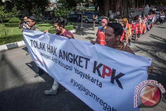 Pansus angket KPK dinilai khianati rakyat