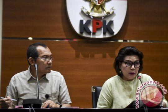 KPK: ada empat tersangka korupsi pengalihan anggaran di DPRD Mojokerto