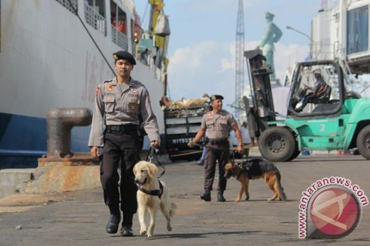 Aparat gabungan lanjutkan pemeriksaan kapal diduga bawa narkoba