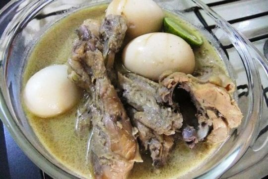 Opor Ayam andalan Batusangkar