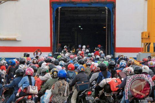 146.583 orang penumpang diseberangkan dari Bakauheni