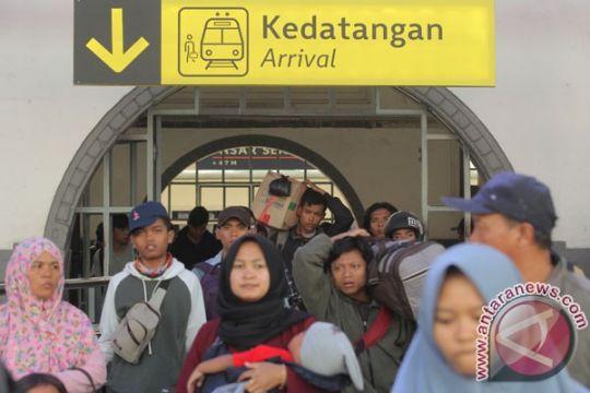 24.000 penumpang tiba di Stasiun Pasar Senen pada H+7