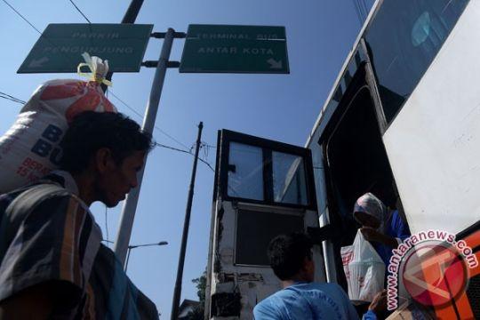 Dishub DKI siapkan 585 bus bantuan Lebaran