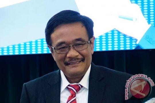 Djarot serahkan draf Raperda APBD Perubahan 2017