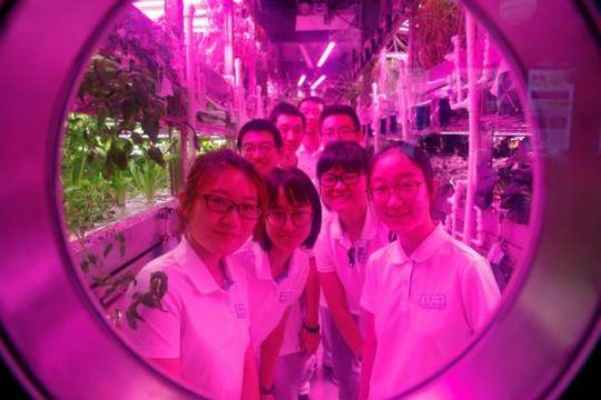 China uji stasiun antariksa mandiri di Beijing