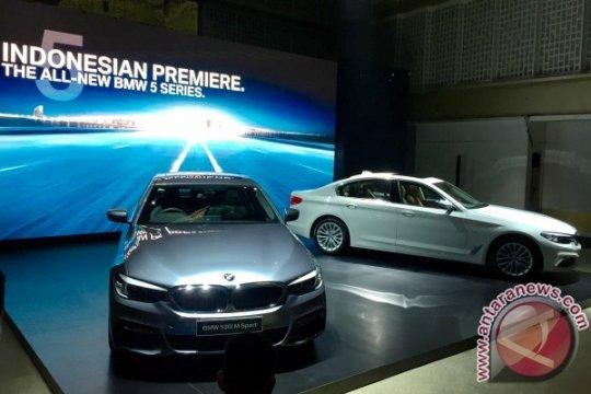 """BMW akan buat versi """"all-electric"""" untuk 5 Series, 7 Series, dan X1"""