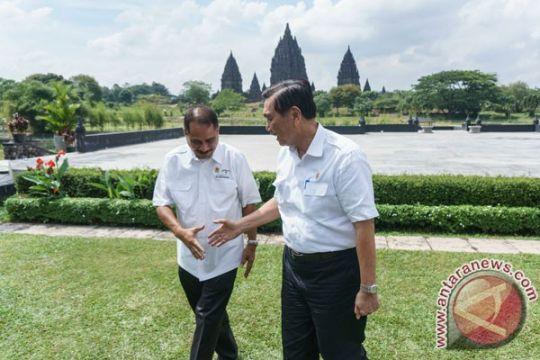 Menpar tinjau kebun teh penyangga KSPN Borobudur