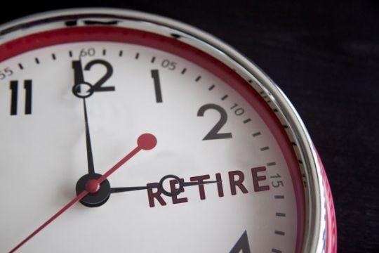 Oman minta pegawai perusahaan pemerintah usia 60 tahun ke atas pensiun