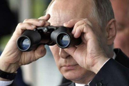 Kremlin janji balas sanksi AS terhadap warga negara Rusia
