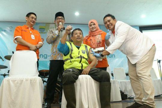 2.200 petugas kebersihan Bandung divaksinasi Hepatitis B