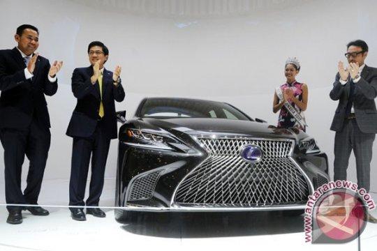 Sedan Mewah Lexus
