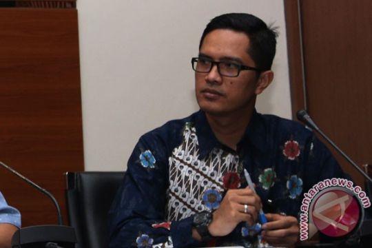 KPK panggil tiga saksi korupsi dermaga Sabang