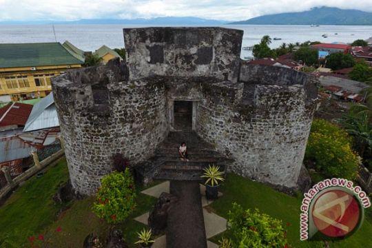 Dubes Spanyol dan Portugal kunjungi Port of Sumpodo Marieco