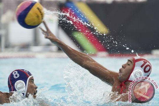 Ridjkie Mulia pembawa bendera Merah Putih di pembukaan SEA Games 2019
