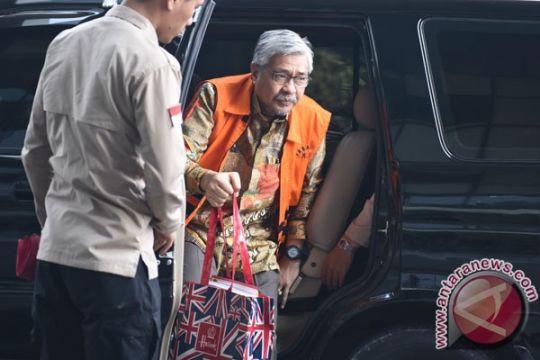 KPK perpanjang penahanan Gubernur Sultra nonaktif